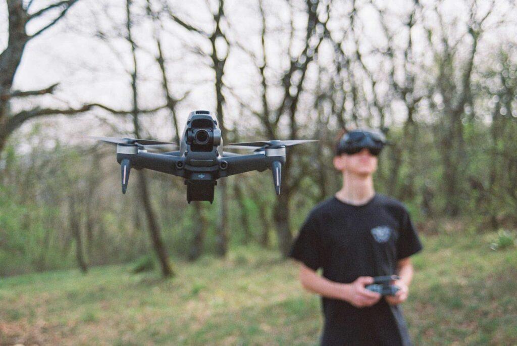 Drone avec casque virtuel